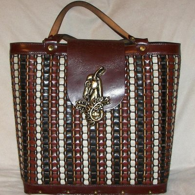 WOVEN ANTELOPE TOTE